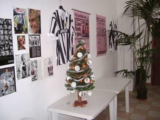 Albero Di Natale Juventus.La Sede Dello Juventus Doc Alex Del Piero Albero Di Natale Della Juventus Immagine Della Sede Del Club